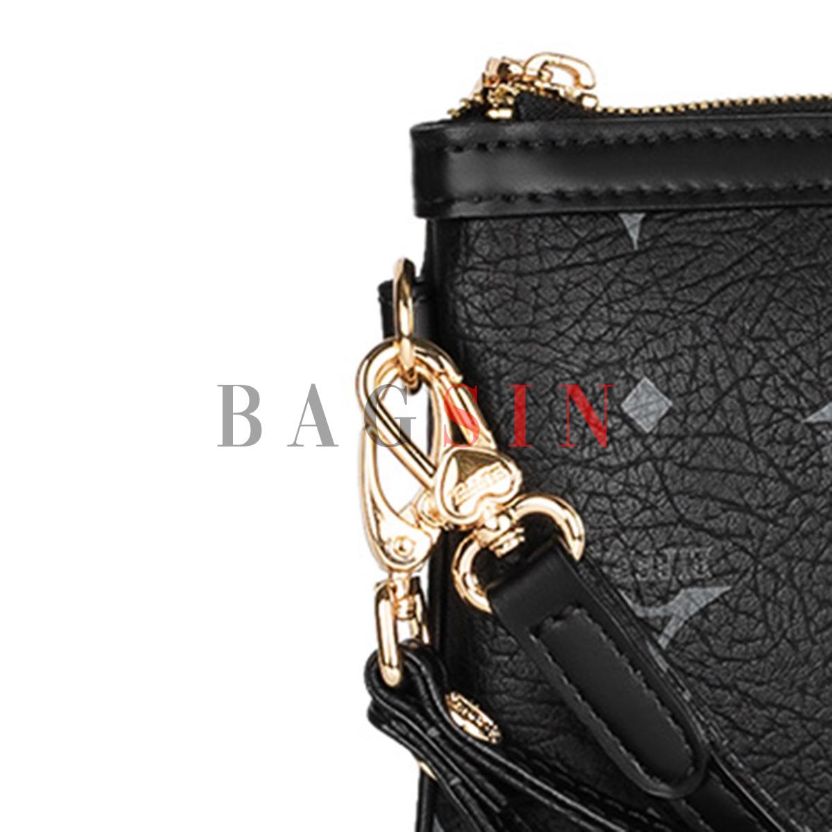 Τσάντα Ώμου – Φάκελος Με Λαβή La Tour Eiffel Monogram 36-151006 Μαύρη